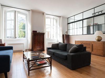 Photo for Avenue de Saxe - luxury 4 bedrooms serviced apartment - Travel Keys