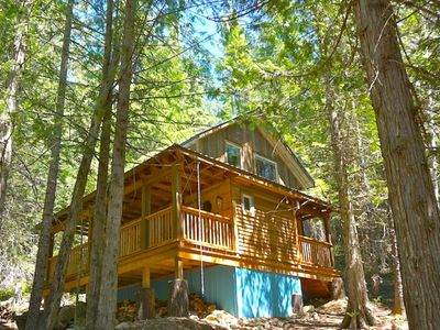 Photo for Boutique Mountain Lodge - 4 Luxury Cabins, 20 km South of Nelson - Cottonwood Cabin