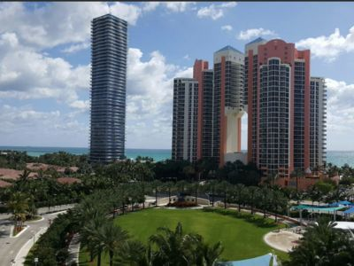 Photo for Temporary rental in Sunny Isles