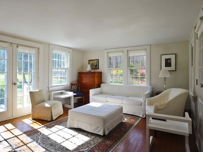 """Photo for 100% WASHINGTON! (Zoom in Map ++)  PoshPadsCT """"SHEARER RD"""" Mint 3BR, Pool, BBQ"""