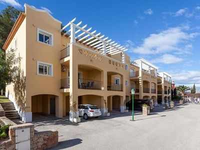 Photo for A 2 bedroomed modern apt in a sought after area with pool and air con and wifi