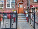 1BR Apartment Vacation Rental in Bronx, New York