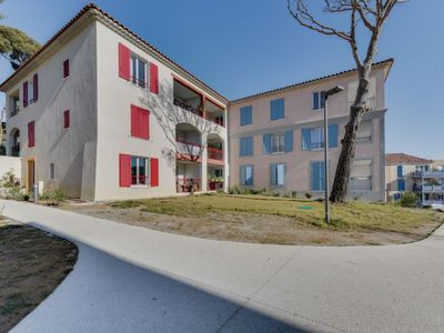 Photo for Apartment Le Domaine  in Cavalaire, Cote d'Azur - 4 persons, 1 bedroom