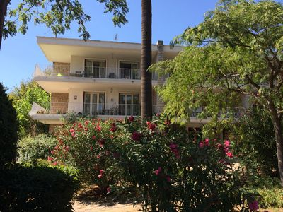 Photo for Beautiful and Large Appart 4P - 1mn from the beach- parking included - sleeps 6/8