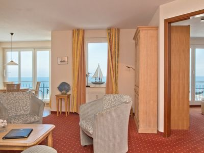 Photo for 3-room apartment sea side - SEETELHOTEL Ostseeresidenz Bansin