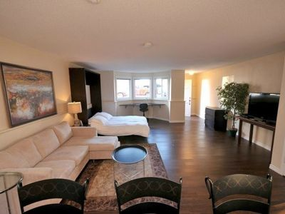 Photo for Renovated Oceanside Suite in James Bay
