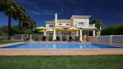 Photo for Top Family Villa with private pool, lounge bar and splendid garden at 7000 M2