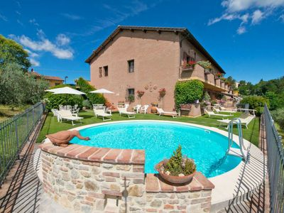 Photo for Apartment Lari in San Gimignano - 4 persons, 1 bedrooms