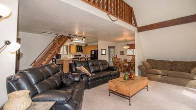 """Photo for Upper Canyon Lodging Co - """"Trailhead Hideaway"""" - Hot Tub & close to Hiking Trails"""