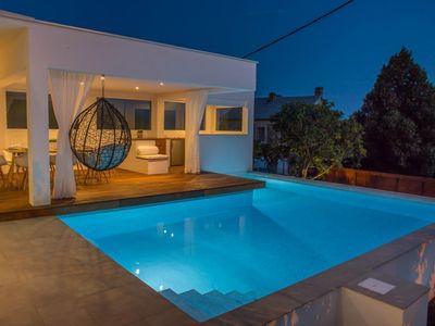 Photo for Holiday cottage Bribir for 6 - 10 people with 4 bedrooms - Holiday home
