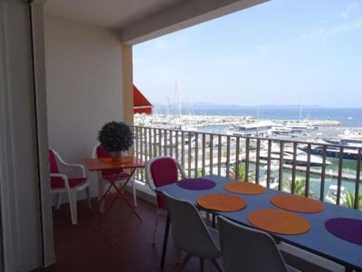 Photo for Apartment Hyères, 2 bedrooms, 6 persons