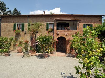 Photo for Rustic villa surrounded by sunflower fields and vineyards with private swimming pool