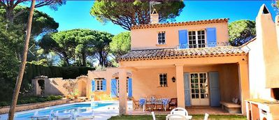Photo for Beautiful Provencal villa with private pool near beach and St Tropez