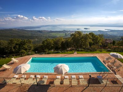 Photo for Charming villa with stunning view over the lake Trasimeno and large private pool
