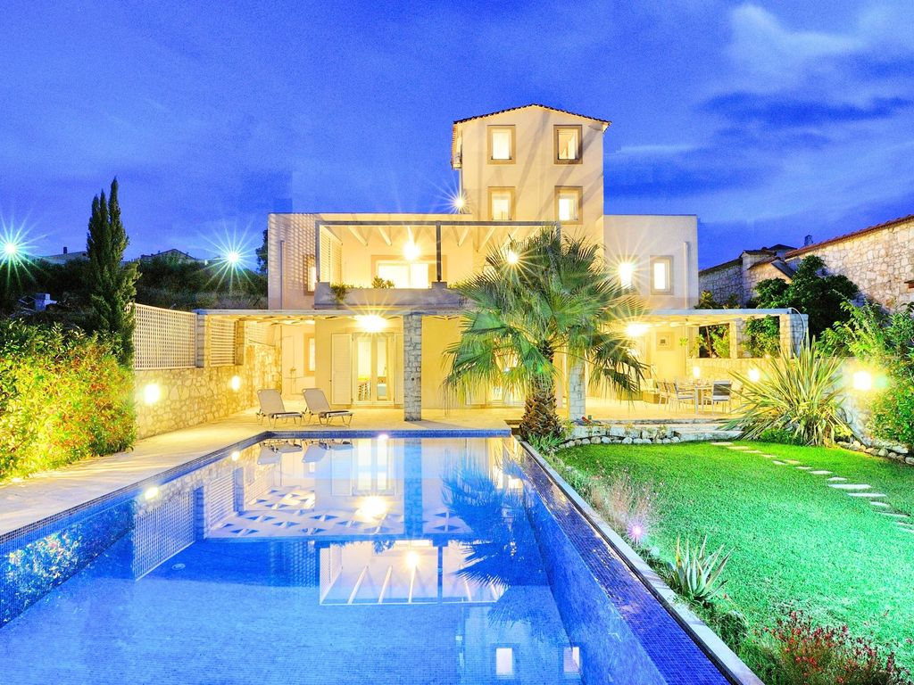 Fabulous luxe villa pers priv heated homeaway