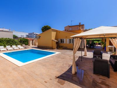 Photo for Modern town house with pool - Casa Bona Mar
