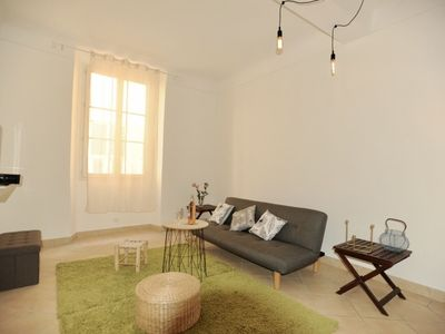 Photo for Live the real Dolce Vita in the heart of Nice in the spacious one bedroom