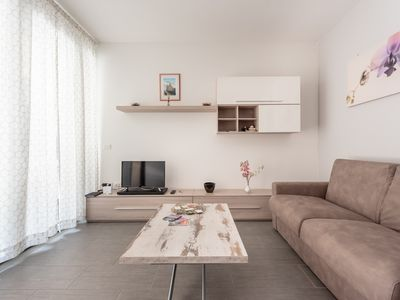 Photo for Modern apartment with parking