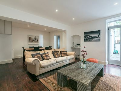 Photo for Beautiful Apartment In Heart Of Holland Park, Kensington