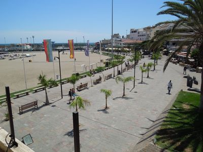 Beach promenade just 2 minutes away on foot