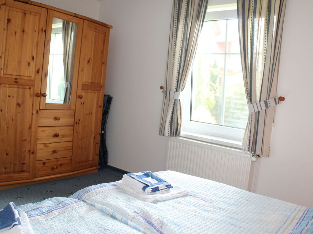 Friendly well designed two room apartment close to the for Well designed bedrooms