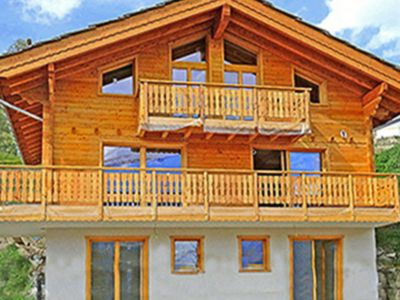Photo for Comfortable and charming chalet with internet access and open fire log.