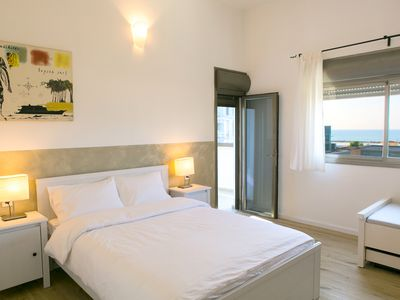 Photo for Luxury 2BR Apt on the Beach - Two Bedroom Apartment, Sleeps 7