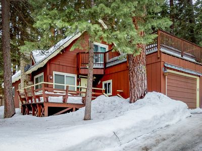 Photo for Charming, dog-friendly cabin w/ a gas fireplace close to skiing, hiking, & lake