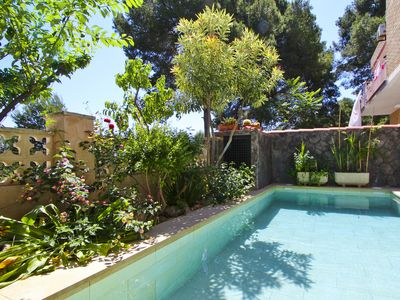 Photo for LOLO Townhouse with private pool, close to Port Aventura