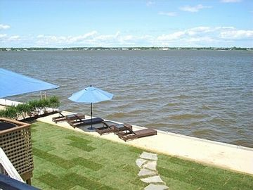 Pristine Bay Front,  Westhampton Beach - Boutique Hotel Feel