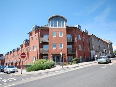 Photo for City Centre Penthouse Apartment - Parking, Wifi, Sleeps 6