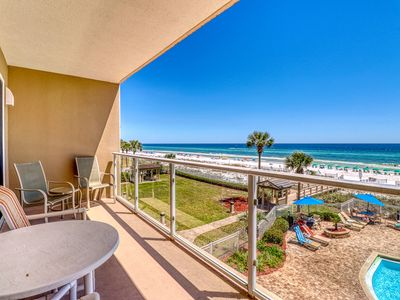 Photo for Relaxing home steps away from the beach with shared pool and amenities