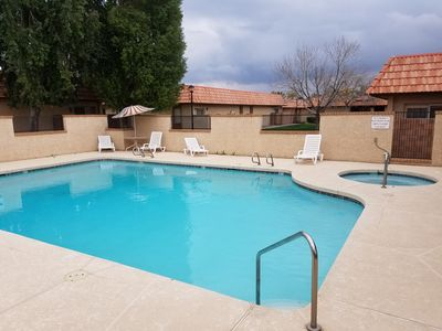 Photo for GREAT VALUE!! 2 bd/ 2 ba Sleeps 4, Single-Story, Near Golf, Shopping & Dining,