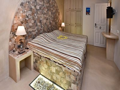 Photo for WATER PALACE CLASSIC ROOM - One Bedroom Hotel, Sleeps 2