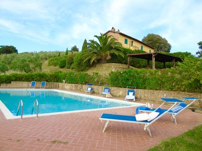 Photo for 1BR Apartment Vacation Rental in Palaia, Toscana