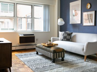 Peachy 1Br Apartment Vacation Rental In Brookline Massachusetts Download Free Architecture Designs Embacsunscenecom