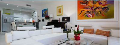 Photo for Superb apartment on the Croisette seafront in residence