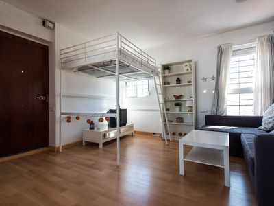 Photo for Wonderful penthouse with views to the giralda