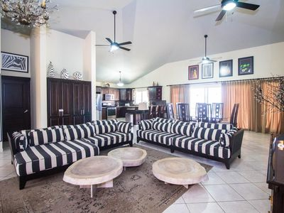 Photo for Amazing 6 bedroom ocean view villa in the new phase of residencial casa linda, this amazing villa offers 6 bedrooms with 6 bathrooms large pool with jacuzzi.
