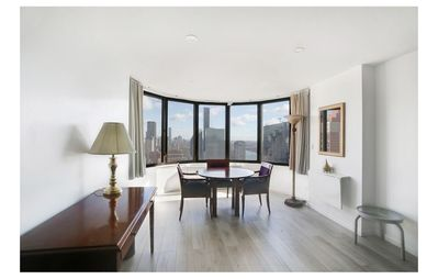 Photo for Luxury, Prime Manhattan Apartment with City Views near Grand Central