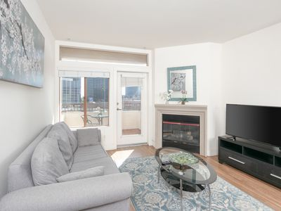 Photo for Upscale and Urban 2+2 Westwood Apartment 5G06