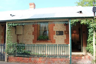 Welcome to this beautiful cottage. A little taste of Adelaide history.