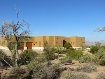 Foothills Escape with Amazing Views of Desert & Four Peaks