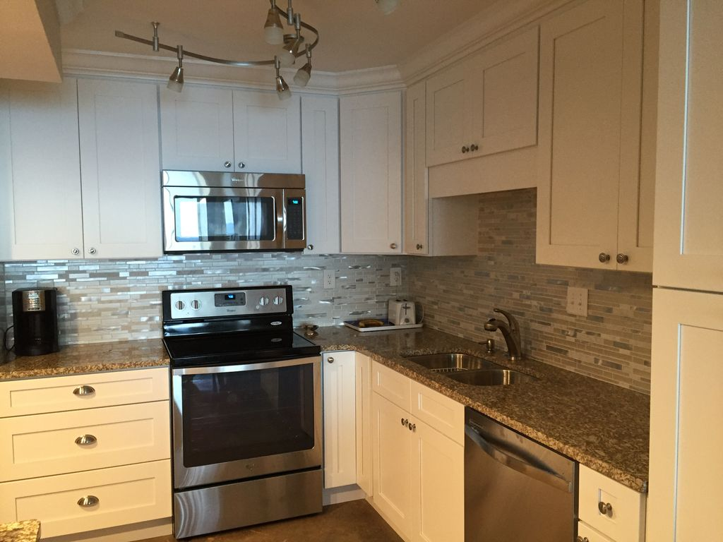Beautifully updated 2 br & 2 bath unit on t... - VRBO