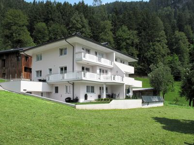 Photo for 4 bedroom Apartment, sleeps 10 in Ramsau im Zillertal with WiFi