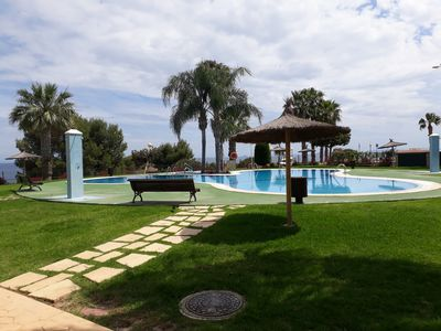 Photo for Great ground floor holiday apartment by the sea to cabo roig