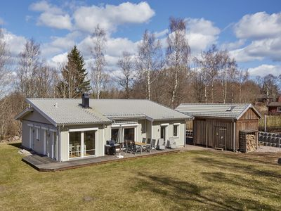 Photo for Luxurious home for winter with sauna for 6 persons, near Lake Vättern Hjo