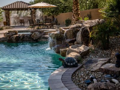 Luxury Home for the Sports Enthusiasts! Outdoor Oasis!
