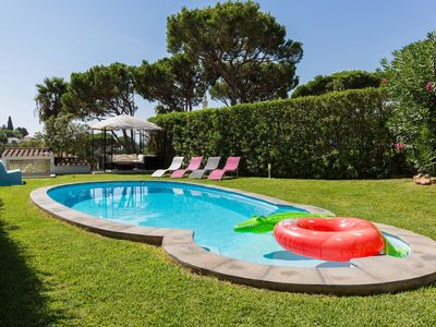 Photo for Villa with pool in Vilamoura