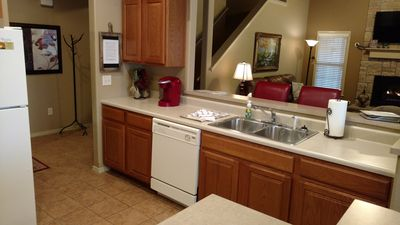 Photo for Spacious Walk-in Villa, Sleeps 10, near Silver Dollar City, close to shows